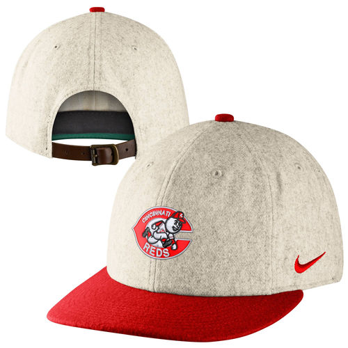 classic reds hat
