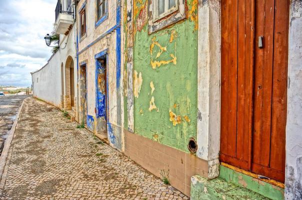 peeling-paint-buildings
